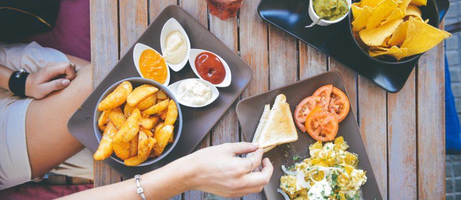 """""""Je stopt niet met afvallen omdat je te weinig eet"""" - Vitality!"""